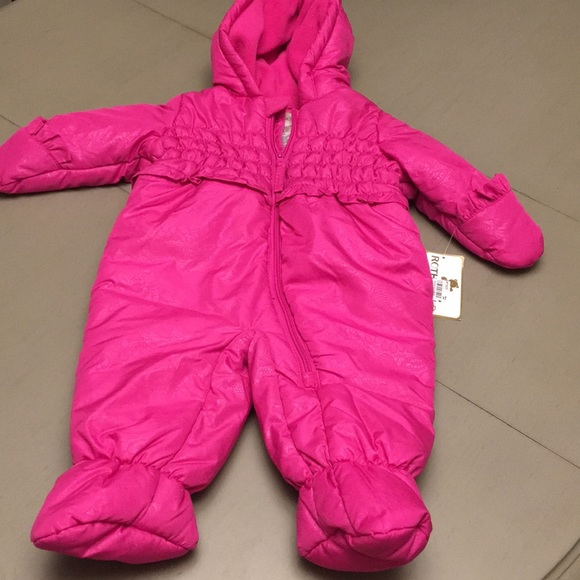 713dfe837 Rothschild Jackets & Coats | Nwt Pink Lace Print Snowsuit 69 Mo ...
